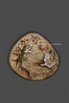 Description: Lac des cygnes / plateau en céramique Auteur: Eugéniya Zharaya